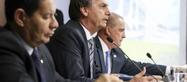 Presidente Bolsonaro em primeira reunião ministerial